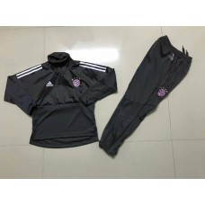 17-18 UEFA Champions League Bayern Black kid training suit (17-18欧冠拜仁黑色童装训练服)